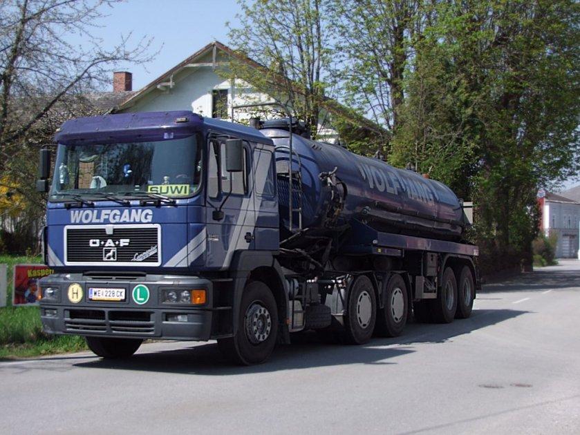 ÖAF 33.403 mit Tankauflieger