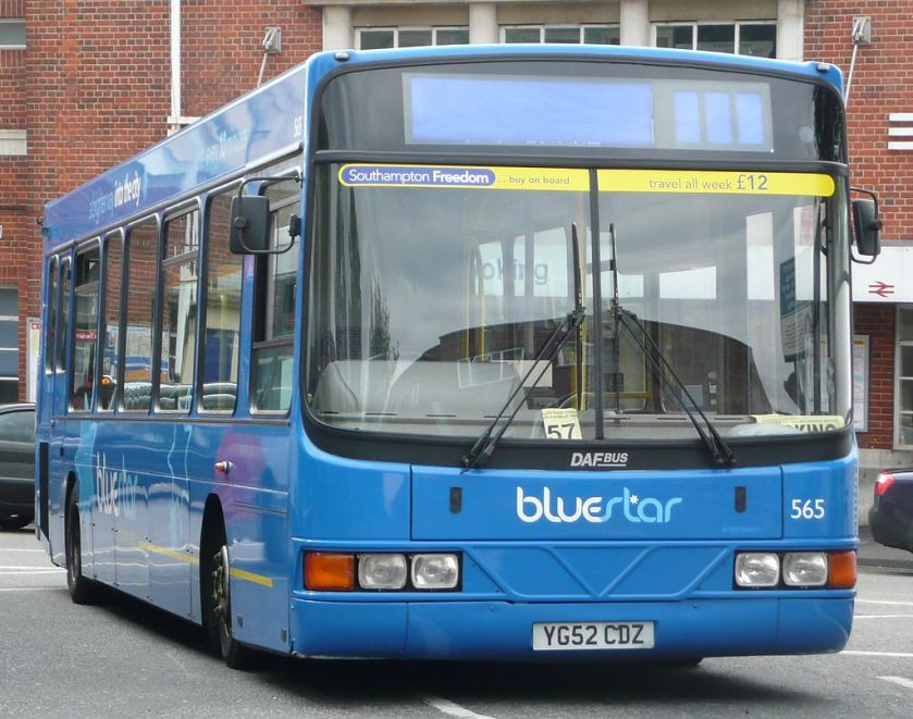 DAF SB120-Wright Cadet in the Bluestar livery