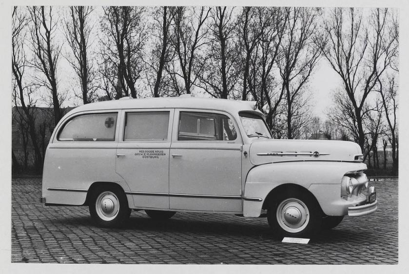 Ford ambulance carr. Visser Oostburg