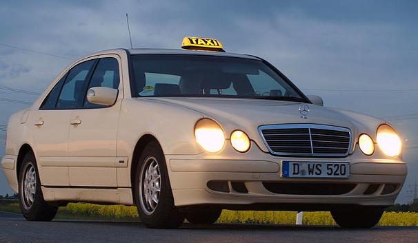 Mercedes W210 Taxi-Version