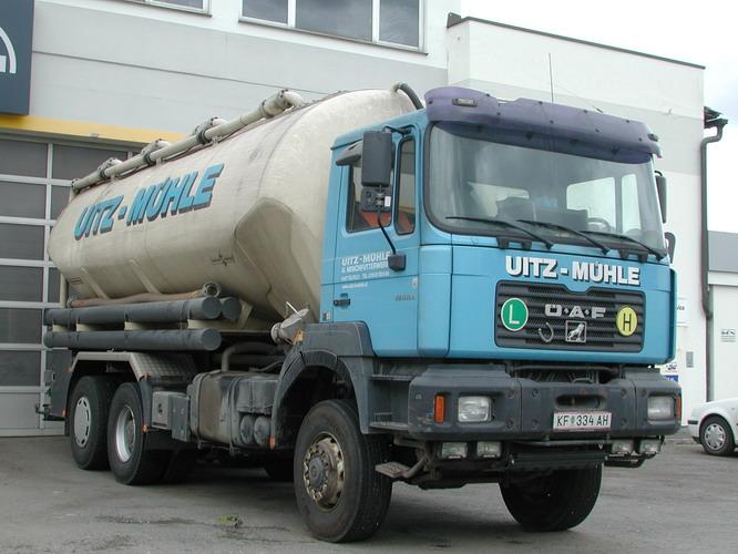 OeAF FE410A Silo LKW Uitz KF334AH
