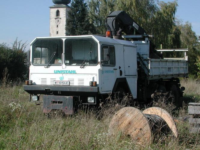 OeAF Kipper LKW mit Kran Unistahl W10154K
