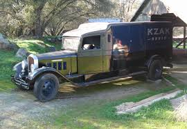 Pierce-arrow truck