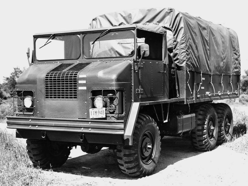 REO 3-1,5 ton 6X6 truck (prototype)