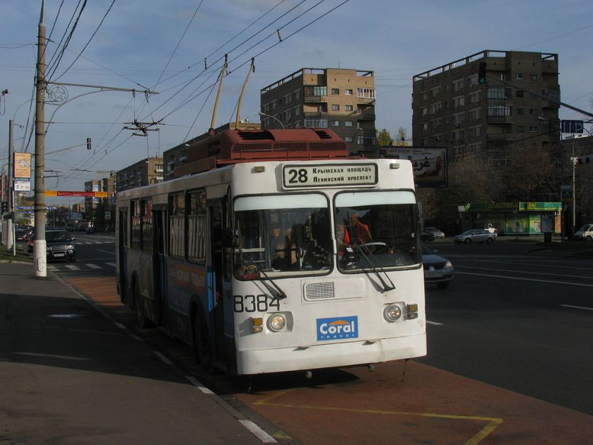 Trolleybus ZiU-682G, the last at the Moscow trolleybus-repair plant (MTRZ) overhaul with the removal of part of the apparatus on the roof