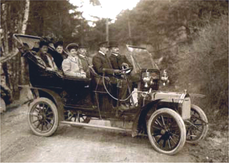 1907 UNIC-bus-in-Norway-1908