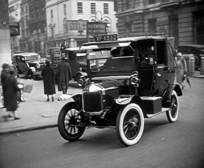 1909 Unic taxi a