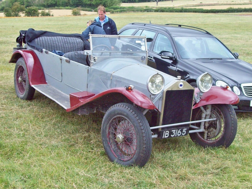 1926 Lancia Lambda  According to the DVLA this would appear to have a 1697cc engine