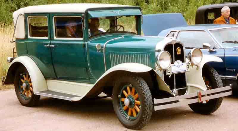 1929 Pontiac Big Six Series 6-29 8930 4-Door Landaulette