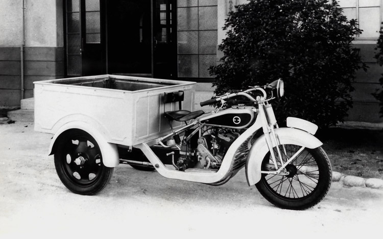 1930-three-wheel-truck-prototype