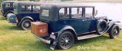1933 Volvo PV652 2