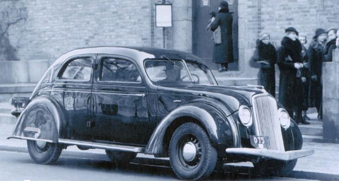1935 Volvo PV36 2