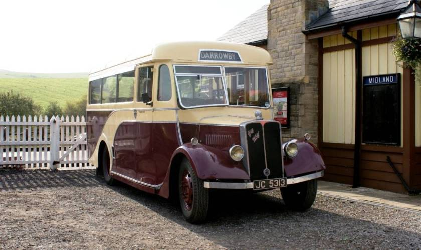 1938 Guy Wolf with 20 seat bodywork by Waveney