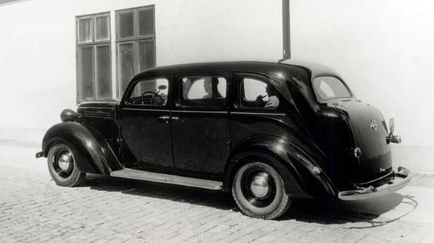 1938 Volvo PV801