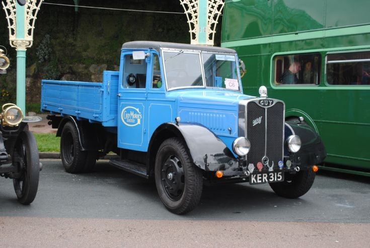 1939 Guy Wolf Dropside Lorry