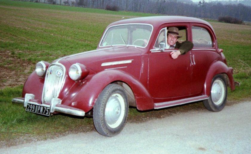 1939 Simca 8 1200