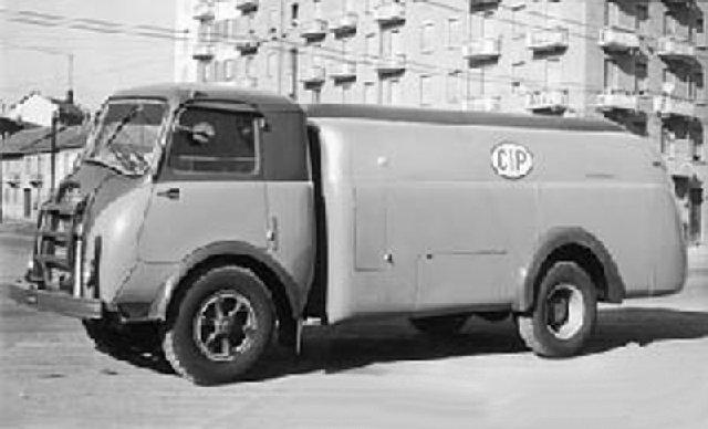1945 Alfa Romeo 800 13784