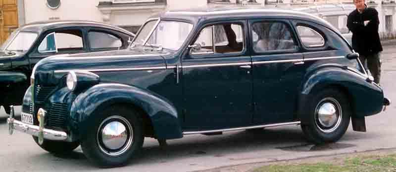 1946 Volvo PV60 Sedan 2