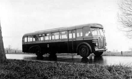 1947 Guy Saunders Tet 075