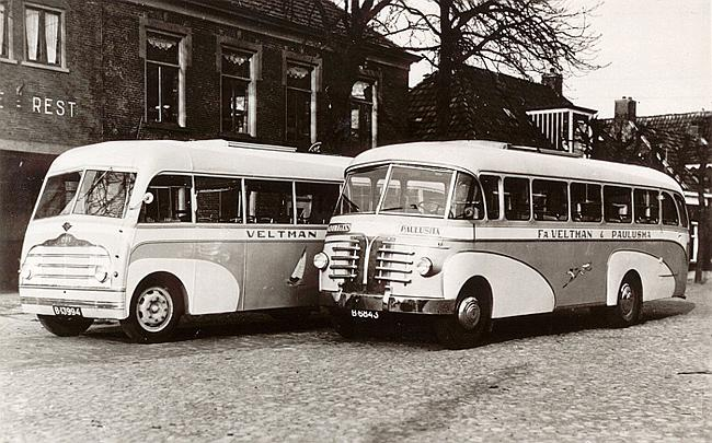 1947 Guy-Vixen. Carrosserie Bos(linker bus)