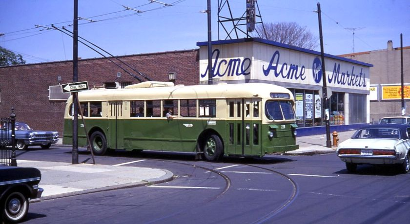 1947 PTC_1947_ACF-Brill_trolley_bus_in_route_79_short-turn_loop,_8th_&_Wolf,_in_1968