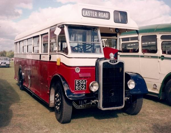 1948 Guy Arab III with MCW 35 seat rear entrance body.