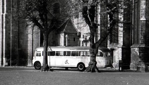 1948 Guy met Verheul carr. uit de serie 82 tm 84 uit 1948  werd in 1953 verbouwd . De achterkant is verheul en front is _
