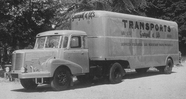 1950 UNIC 72 exceptionnel  d' un Transporteur de AUCH 32