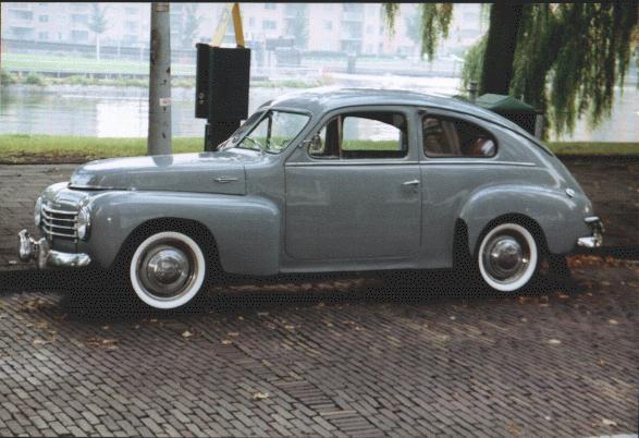1951 Volvo PV444 3