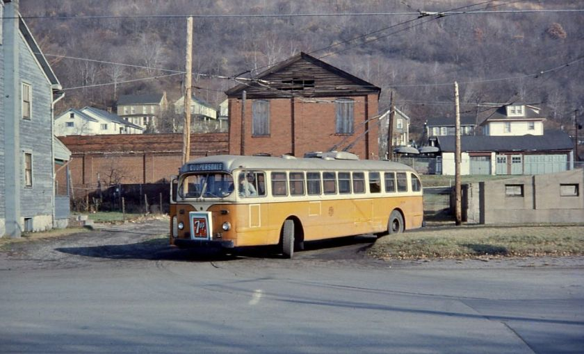 1952 Johnstown_ACF-Brill_trolleybus_734_at_Coopersdale_terminus,_1967