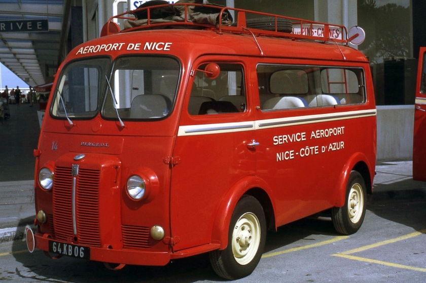 1952 Nice Peugeot minibus