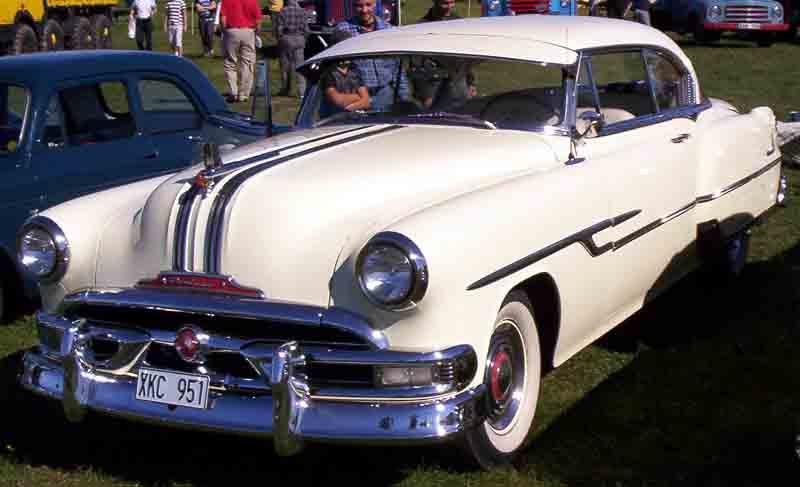 1953 Pontiac Chieftain Catalina a