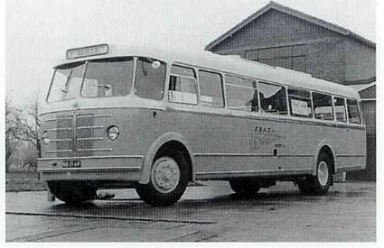 1954 Guy-bus 8 van de EBAD met Den Oudsten carrosserie