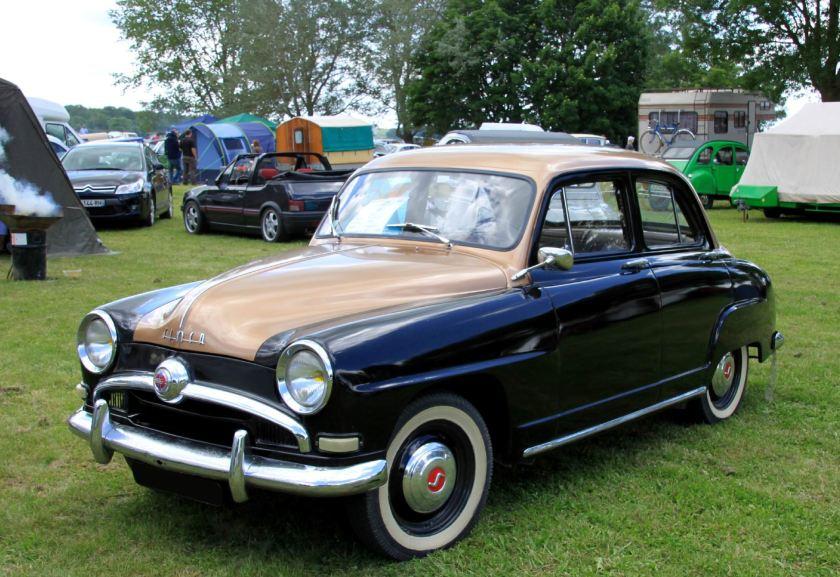 1954 Simca 9 aronde