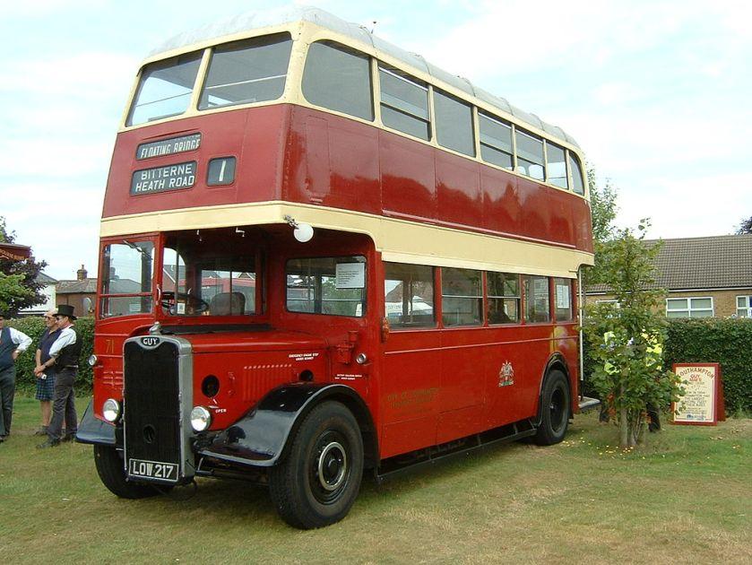 1954 Southampton Corporation Guy Arab III omnibus