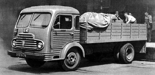 1955 Simca Cargo F569 WML i