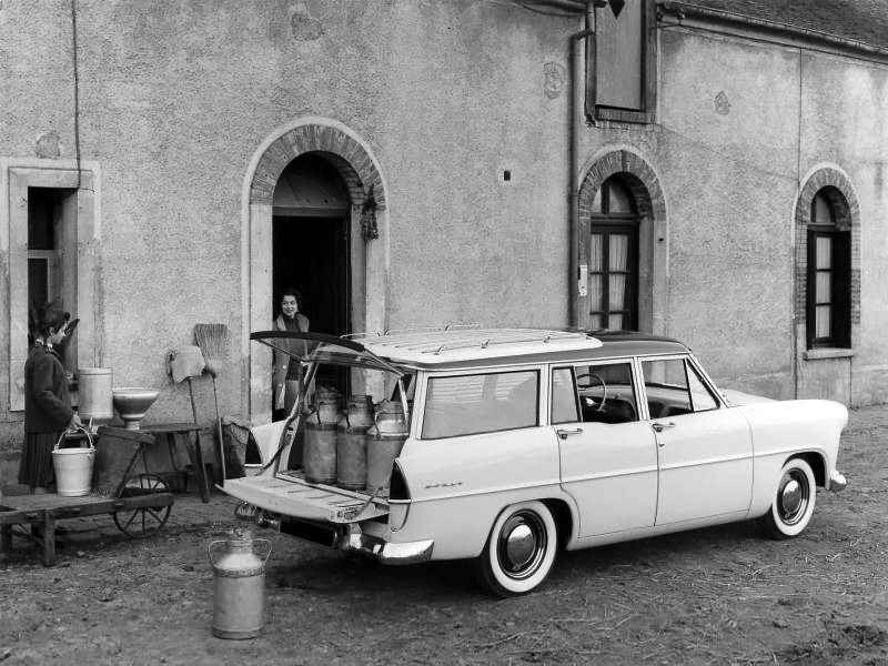 1956-58 Simca Vedette Marly