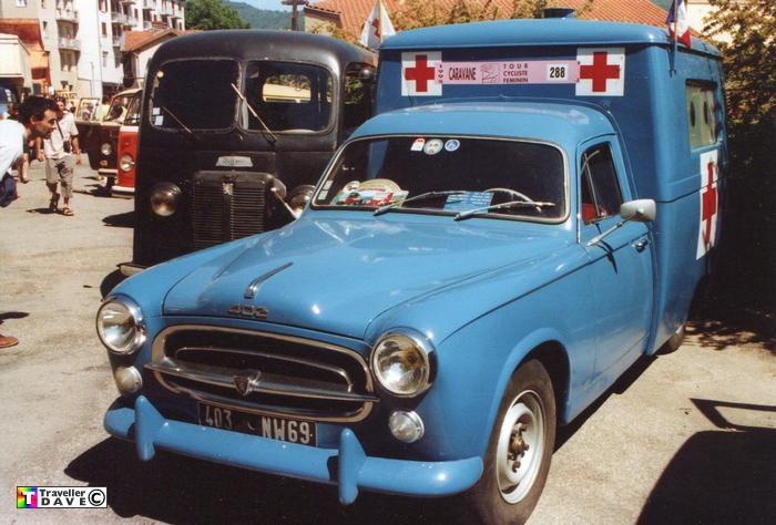 1956 peugeot-403-ambulance-01