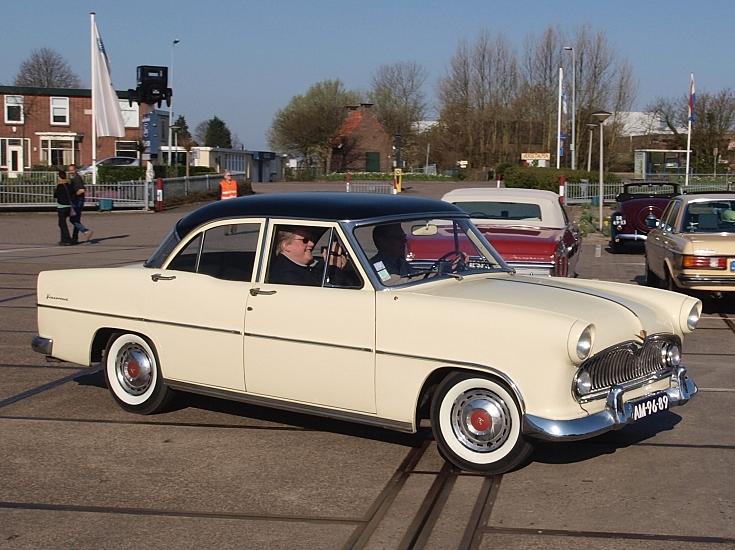 1956 Simca Versailles