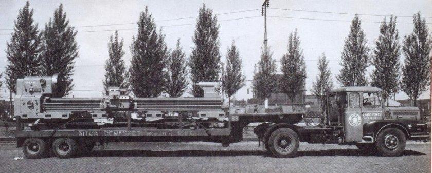 1957 UNIC couchette avec sa semi porte chars