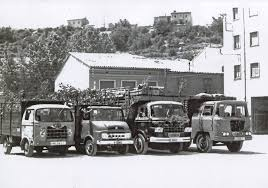 1958 Camions Nazar i Ebro de l'empresa TRANSPORTS COTXARRERA de Gironella (Berguedà)