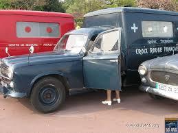 1958 Peugeot 403 Ambulance Creux Rouge
