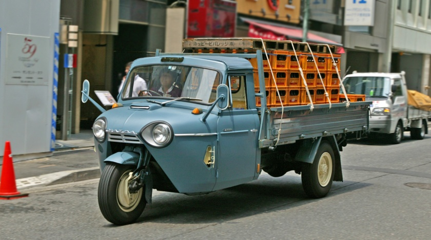 1959-69 Mazda T2000 three wheeler