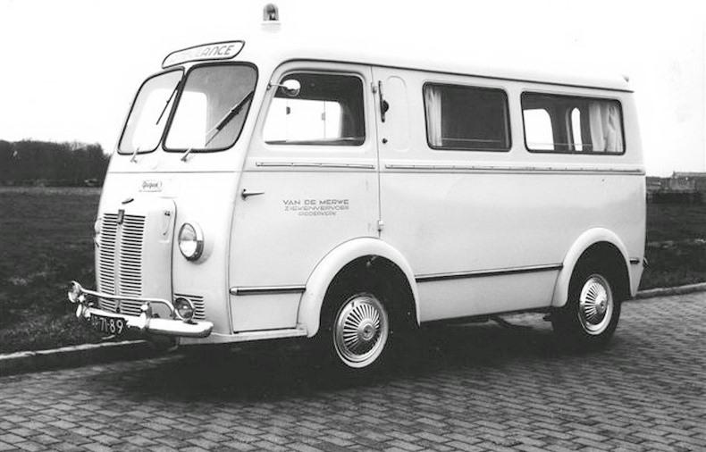 1959 Peugeot D4B Carr. Visser AP-71-89