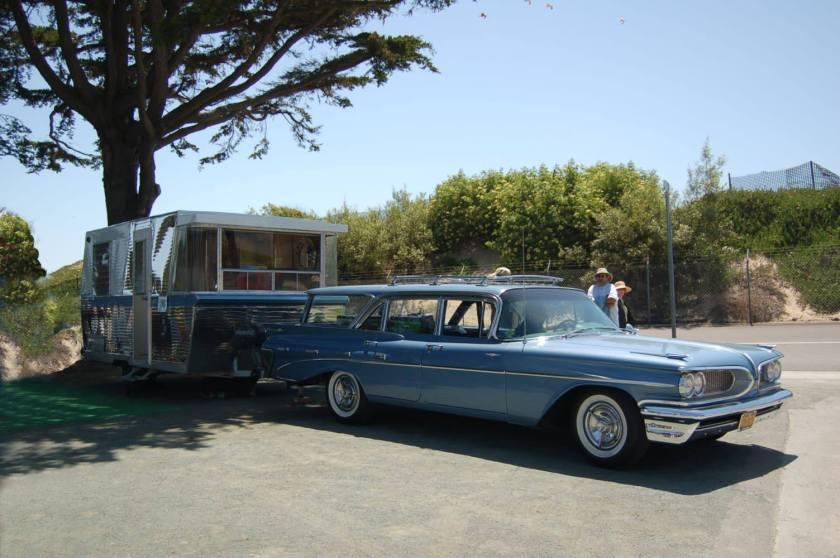 1959 Pontiac Bonneville Custom Safari