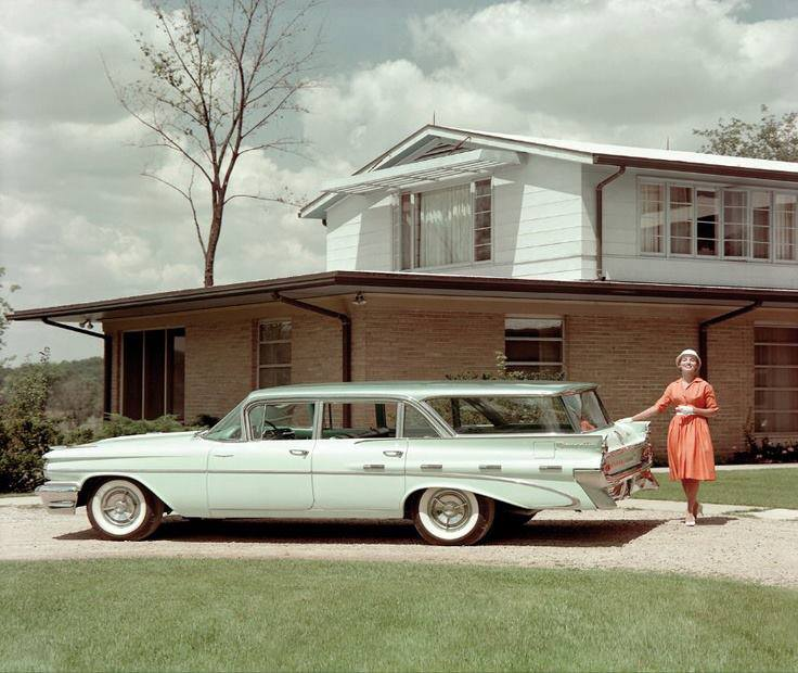 1959 Pontiac Safari Wagon