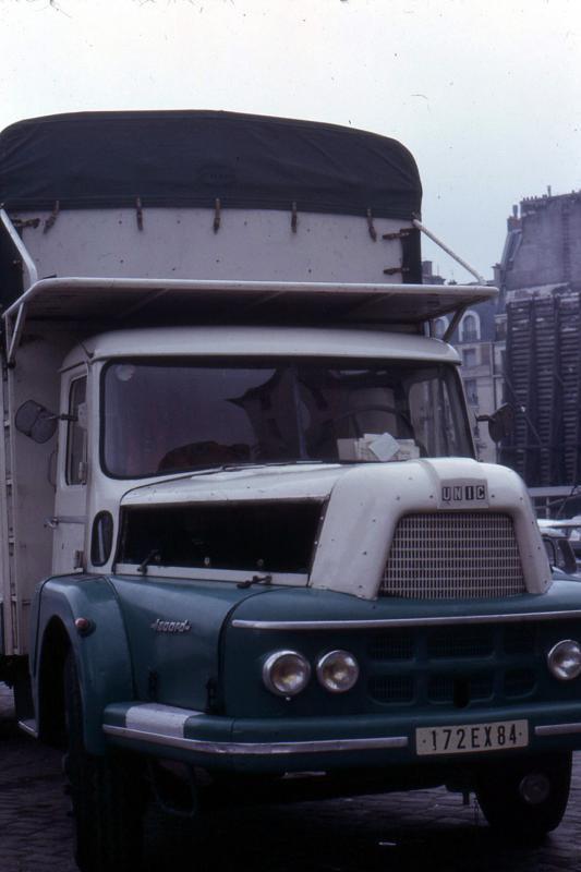 1959 UNIC Izoard porteur primeur