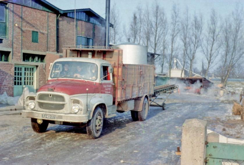 1962 TJ-45-77 UNIC