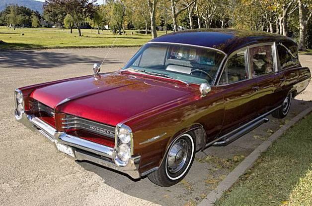 1964 Pontiac Bonneville Hearse
