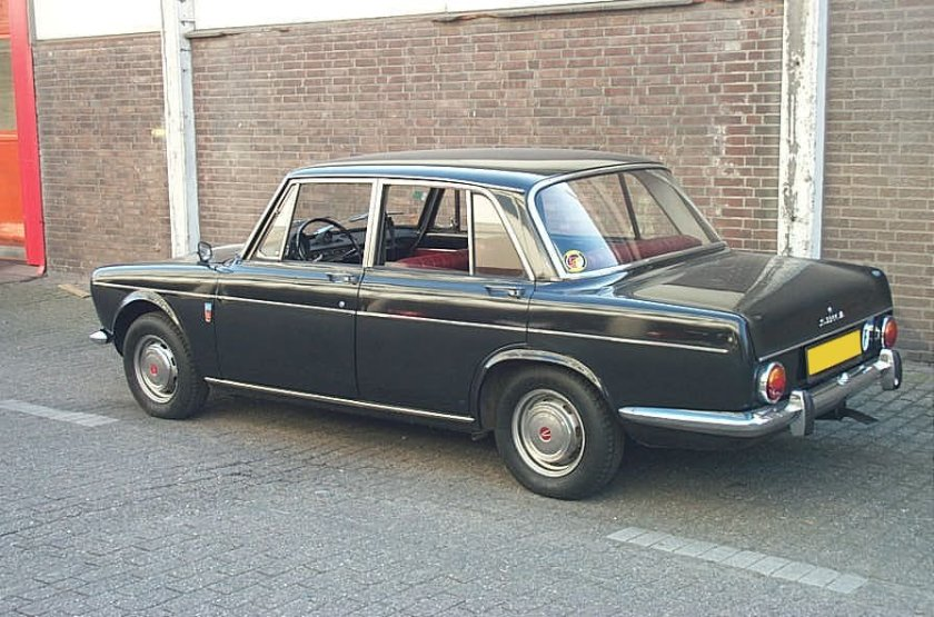 1964 Simca 1500 saloon, black, interior in red fake leather First registered 1964 rear view